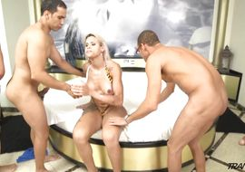 Cute wazoo blonde transexual Rafaella Ferrari got a packing monster up his wazoo after he was done sucking it like a slut