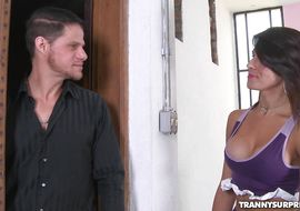 Foxy Yasmin Rios can swallow large fuck stick and take it all in