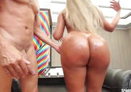 Stupefying butt Bianca Petrovicky can't focus on sucking because he needs a good anal fuck asap