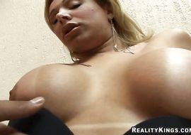 Sexy latina Walkiria Drummond is always in the mood to have anal sex in the centre of the day