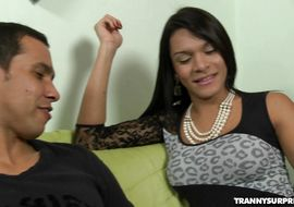 Insatiable Perola Rios got his tight bum stuffed with a huge dick while getting stimulated gently